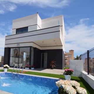 campoamor detached villa for sale